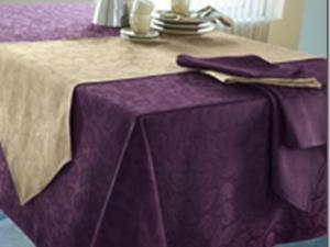 mettez toujours en valeur votre table manger les actualit s sur l 39 habitat. Black Bedroom Furniture Sets. Home Design Ideas